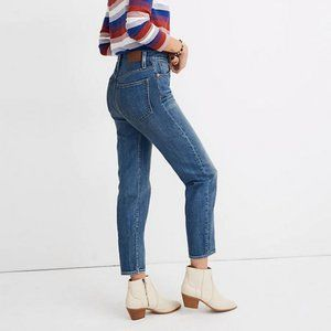 NEW Madewell Mom Jeans in Downey Wash Size 28